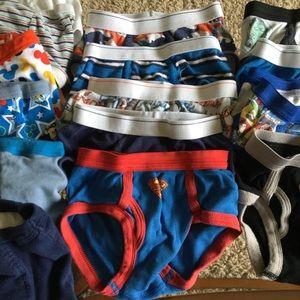 Garanimals Accessories - Bundle of boys toddler underwear 23 pairs